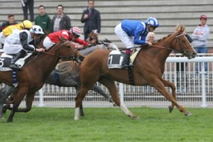 Belle de Lune flew late on the outside of Mashoora to miss by just a neck to the top European in the Prix Imprudence (Group III) in April.